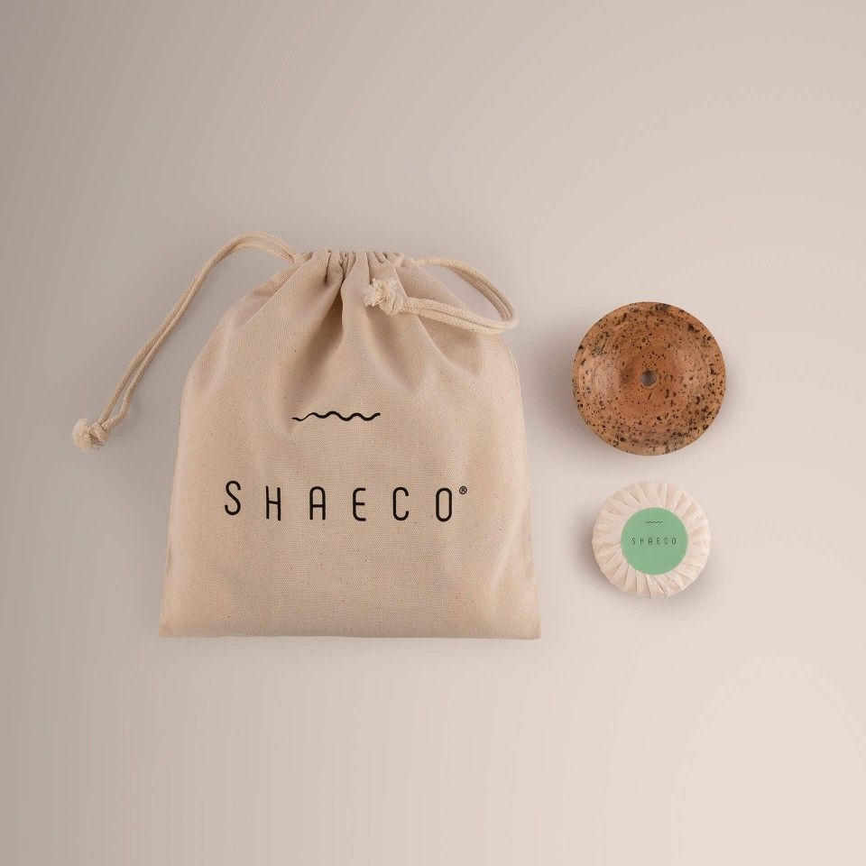 1x One & Done 115 gr + Porte-savon Seashell + Sac à porter Carry on Pure Bag